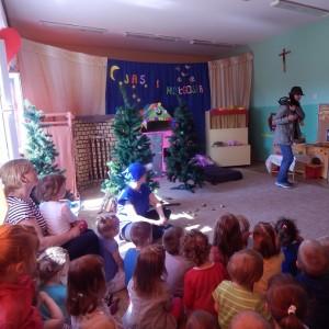 Jaś i Małgosia- bajka w wykonaniu rodziców z grupy III (2) - Kopia