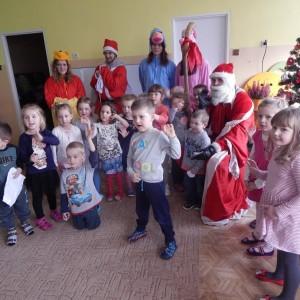 Wizyta świetego Mikołaja w Przedszkolu  (25)
