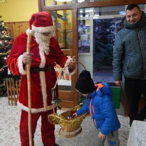 Wizyta świetego Mikołaja w Przedszkolu  (4)