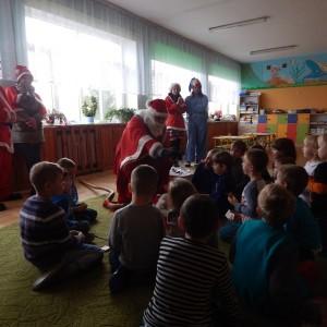 Wizyta świetego Mikołaja w Przedszkolu  (7)